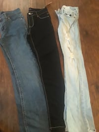 Size 12 pants in girls . Three pairs for 10$ Sicklerville, 08081