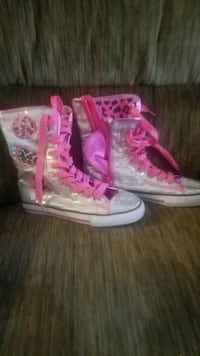 pink-and-white floral high top sneakers North Las Vegas, 89031