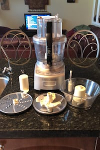 Cuisinart 12 cups food processor  Mississauga, L5V 2R1