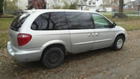 Chrysler - Town and Country - 2003 558 mi