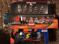 Hendrix/ Motorsports Hall of Fame collectibles  131 mi