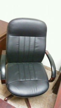 Office chair with wheels  McAllen, 78501