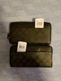 Two brand new with tags coach wallets Vancouver, V6B 0J1