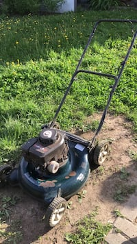 Yard Machines Sprint 4.0 HP Gas Lawnmower Toronto, M2M 1P7