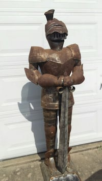 5' metal knight with sword Irving, 75061