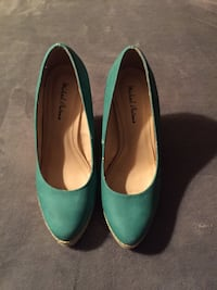 "Pair of teal Micheal Antonio wedges. 4"" heel EUC size 6 Mission, V2V"