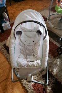 Baby item.pickup on Steeles and yonge intersectio Toronto, M2M 3Z2