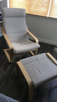 CLEAN Ikea Poang chair and foot rest Mississauga, L5B 3K1