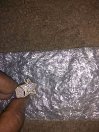 Men's Star Ring gold over Silver with diamonds. got as a gift. Las Vegas, 89101