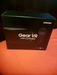 black Samsung Gear VR with controller box Arlington