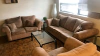 Sofa set pulls to bed (3+2+1)/ delivery available Mississauga, L4Y 1P2