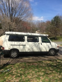 Volkswagen - Eurovan Camper Pop Top - 1997 Reston