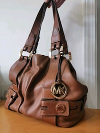 brown Michael Kors leather 2-way handbag Vancouver, V5N 3B2