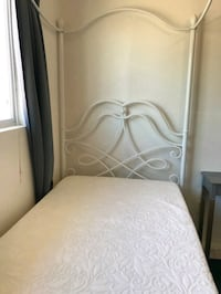 Twin canopy bed with mattress Peoria
