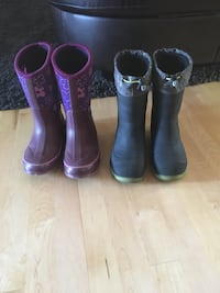 Kids winter boots. Both size 2US 20$ each waterproof Laval, H7G 6H5