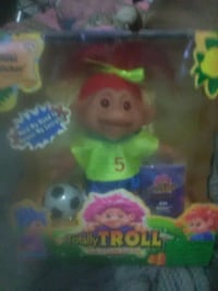 Totally Troll doll with box Belle, 25015