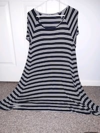 Women's Old Navy Black And White Striped Dress XL  Mount Holly, 28120