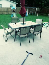 6 top table with chairs Lake Worth, 33461