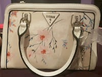 Guess purse white florals spring Vaughan, L4H 3T6