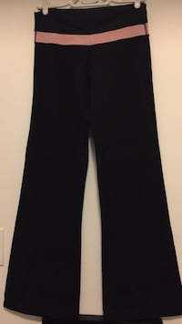 Lululemon black flare small Oakville, L6K 3C7