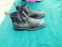 pair of black leather boots Longwood, 32750