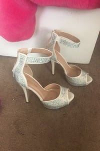 Sparkly shoes size 8 Waldorf, 20603
