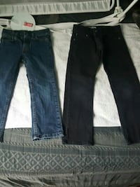 four pairs of blue jeans San Juan, 78589