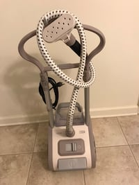 Clothes steamer, like new, used six times Martinsburg, 25404