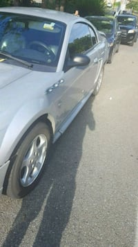 Ford - Mustang - 2001 Gaithersburg