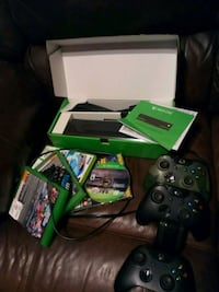 Xbox One console with controller and game cases Norfolk, 23505