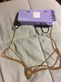 gold Claire's chain necklace Middletown, 19709