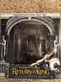Lord of the Rings Return of the King Collectors DVD Gift Set Trenton, 08691