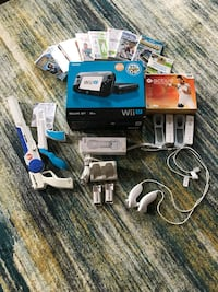 Wii U with lots of extras Alexandria, 22314