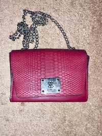 Leather Chain Burgundy Guess Purse Las Vegas, 89139