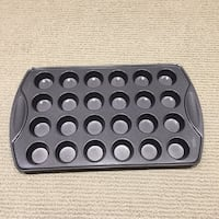 Wilton Non-Stick  24 CUP MINI CUPCAKE PAN | BRAND NEW  | perfect for mini cupcakes Ajax, L1T 0A9