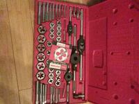 red and black metal tool set Woodlawn, 20737