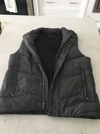 Men's size small BANANA REPUBLIC vest .  BRAND NEW !!!!!  Mississauga, L4Z 3Y9