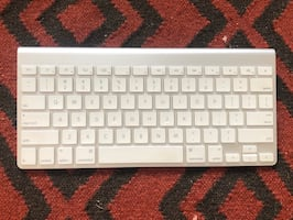 Wireless Bluetooth Apple Keyboard