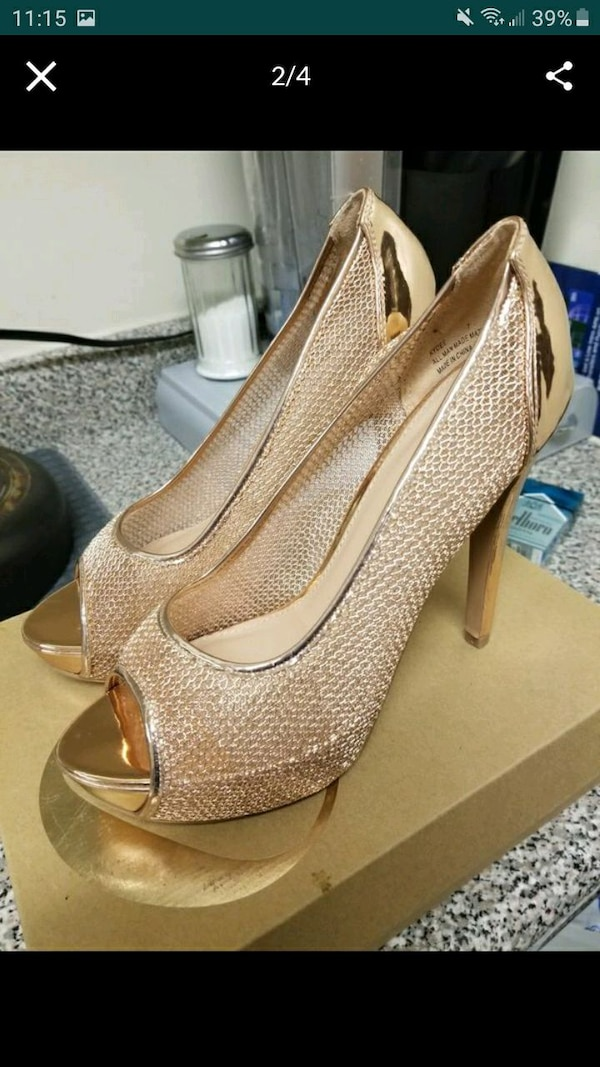 Women's ROSE GOLD SIZE 9 9deed8ae-9238-4dfd-a159-2a14385a2191