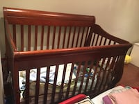 Crib Richmond Hill, L4C 9T8