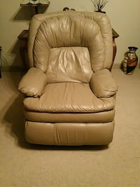 leather recliner sofa chair Springfield, 62712