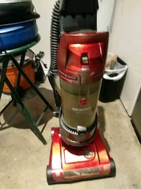 Hoover vacuum great condition all parts will deliver free broward  Pompano Beach