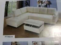 White Sectional w/Cupholder & ottoman   ( new ) Hayward