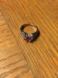 Silver-colored ring with pink gemstone PRINCEFREDERICK