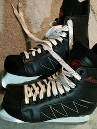 Like new size 7.5/8 skates Markham, L6C