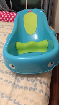 Fisher price bath tube in good condition from a free pet and smoke home. Clarksburg, 20876