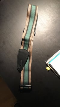 Adjustable Green Guitar Strap Munich, 81549