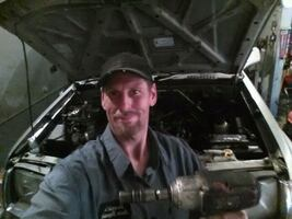 Auto mechanic for hire