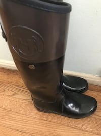 Hunter boots like new 7 US RETAIL PRICE $215  Lakewood, 90713