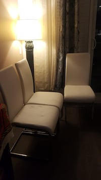 white and black leather sofa chair 536 km